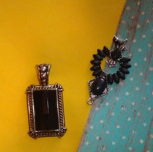 BLACK PENDANTS